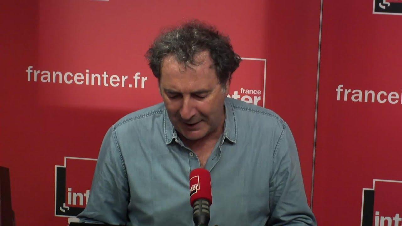 """Foot : """"Le maillot de l'équipe de France me boudine un peu""""  - Le Billet de François Morel"""