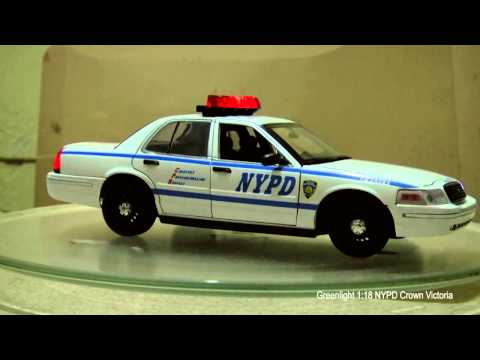 Greenlight 1:18 Crown Victoria NYPD (light And Sounds)