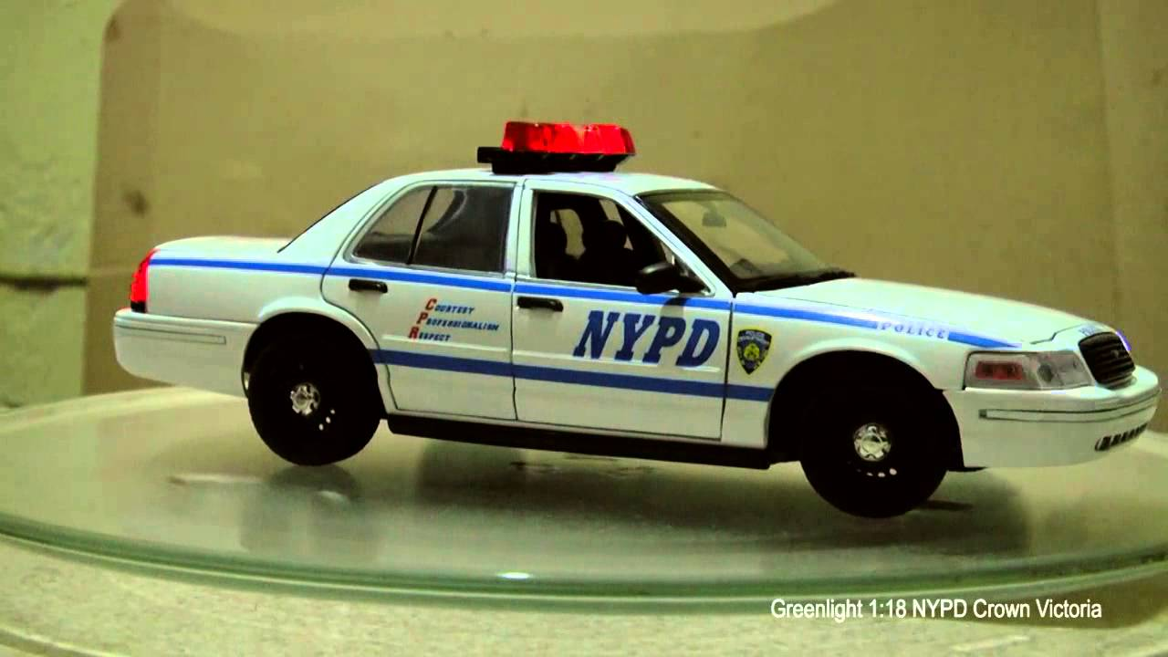 Greenlight 1 18 crown victoria nypd light and sounds