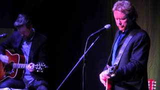 Watch Lee Roy Parnell When A Woman Loves A Man video