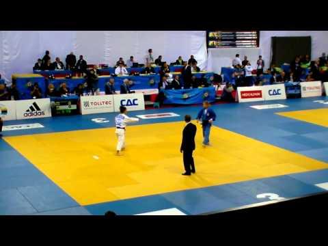 Judo 2011 EC Istanbul: Csernoviczki (HUN) - Oiana Blanco (ESP) [-48kg]
