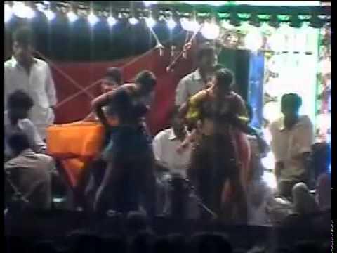 latest tamilnadu village adal padal dance / tamil record dance 2015 / video 20