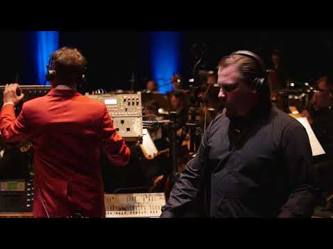 Andreas Henneberg & The Glitz - SYNTH HAPPENS // Live In Concert // Nationaltheater Mannheim
