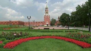 На территории Кремля продолжаются раскопки.