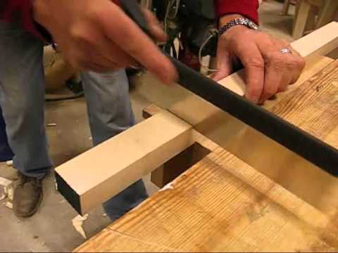 How to cut a lap joint with saw and chisel - An exercise ...