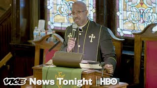 Pittsburgh Massacre & A Migrant Motel: VICE News Tonight Full Episode (HBO)