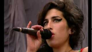 Скачать Wake Up Alone Amy Winehouse Glastonbury 2007 LIVE