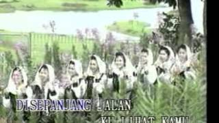 Nida Ria - Jilbab Putih [Official Music Video]