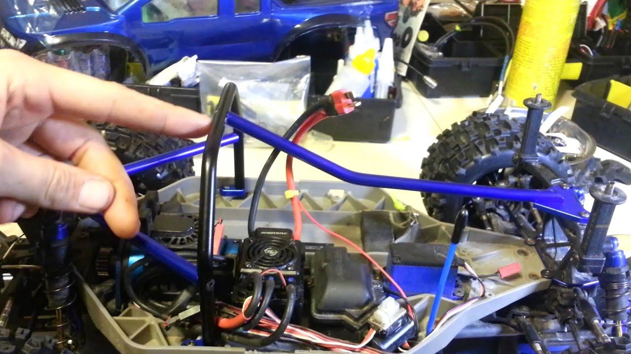 hot racing inner roll cage install slash 4x4 [ 1280 x 720 Pixel ]