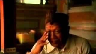 """""""Внутрення улыбка"""" отрывок из фильма """"ЕШЬ МОЛИСЬ ЛЮБИ"""""""