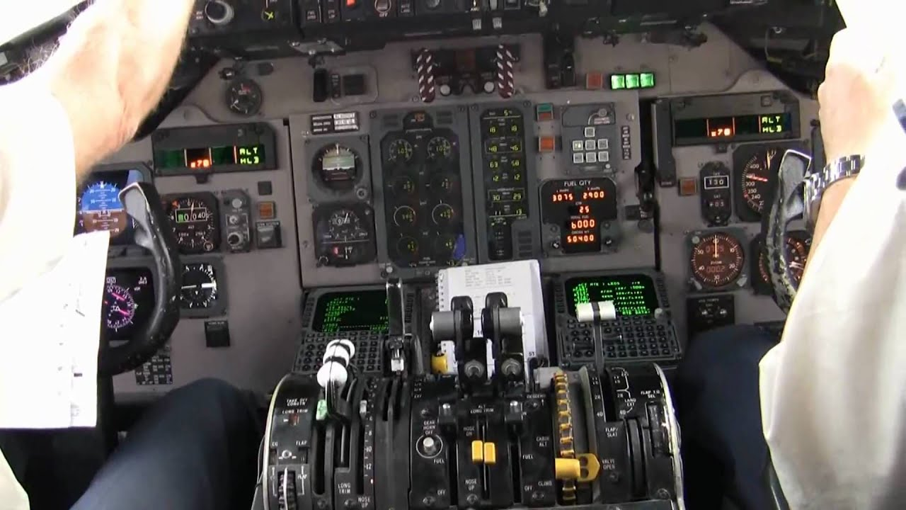 Md80 Cockpit Taxi Part 1 Full Hd Youtube