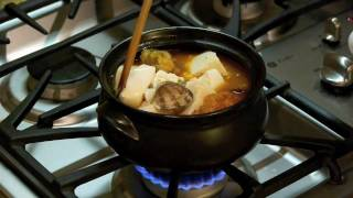 korean seafood tofu soup