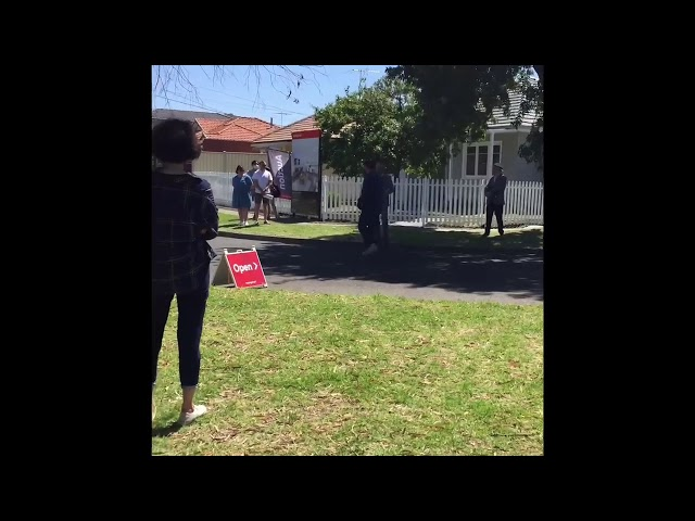 Successful Winning Bid At Auction | Buyers Agents Melbourne | Popular Auction Video