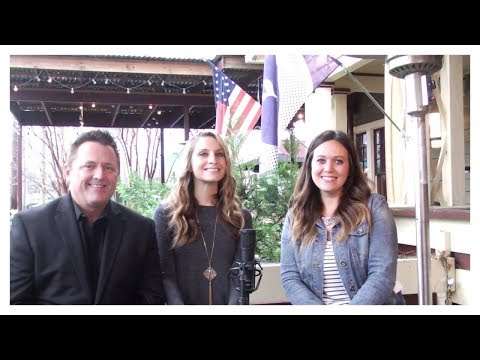 Rebecca Rae gets a Record Deal in Nashville