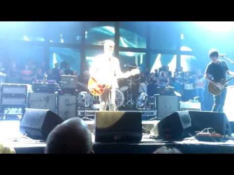 Noel Gallagher's High Flying Birds - Don't Look Back In Anger @ The BIC