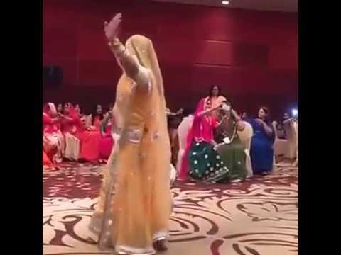 Apne piya ki main to bani re joganiya (अपने पिया कि मै तो बनी रे जोगणिया)