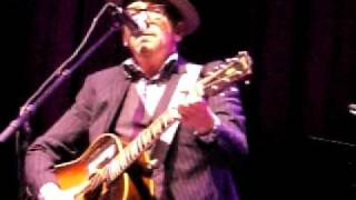 Elvis Costello live in Bucharest 2011