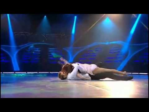 who is val on dwts dating 2017