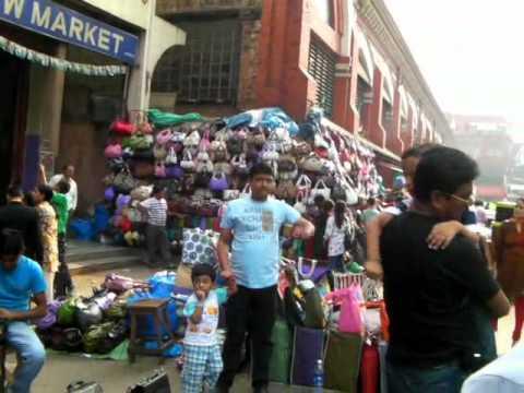 Kolkata: New Market Area Day & NIght  コルカタ(インド)ショッピング街の昼と夜