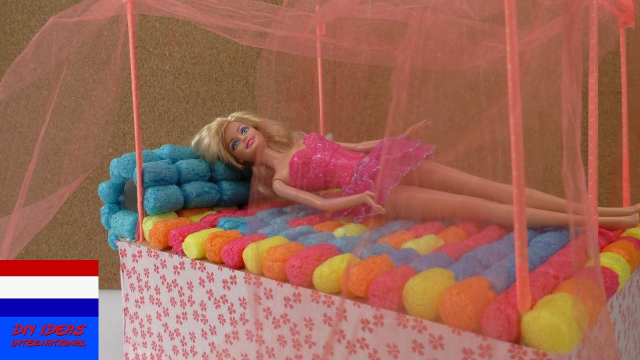 Beroemd Barbiebed knutselen – DIY hemelbed zelf maken - YouTube &FW02