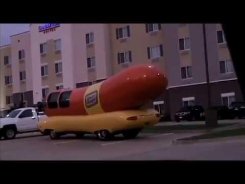 Oscar Mayer Wienermobile in Texarkana, Texas  2014