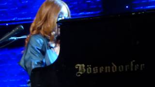 Tori Amos, Zürich, May 31st 2014: 16 Shades of Blue