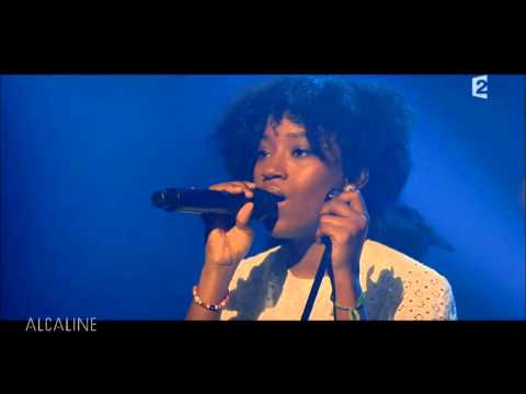ON & ON - Selah Sue & Denai MOORE-(Alcaline France2)-live-Cover Erikah Badu