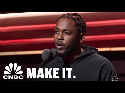 Rapper Kendrick Lamar Made History By Scoring A Pulitzer Prize For His Album 'Damn' | CNBC Make It.