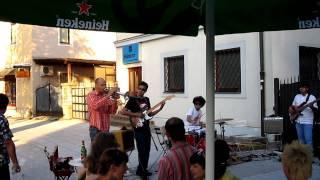 Kendraka Sax pub 2