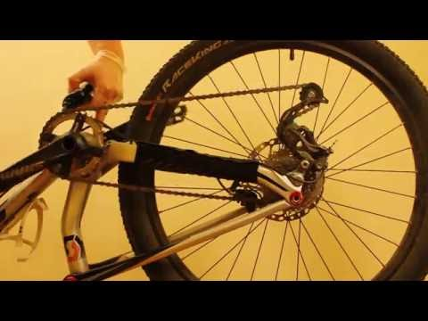 Cleaning a bicycle chain with WD-40 and then relubing it