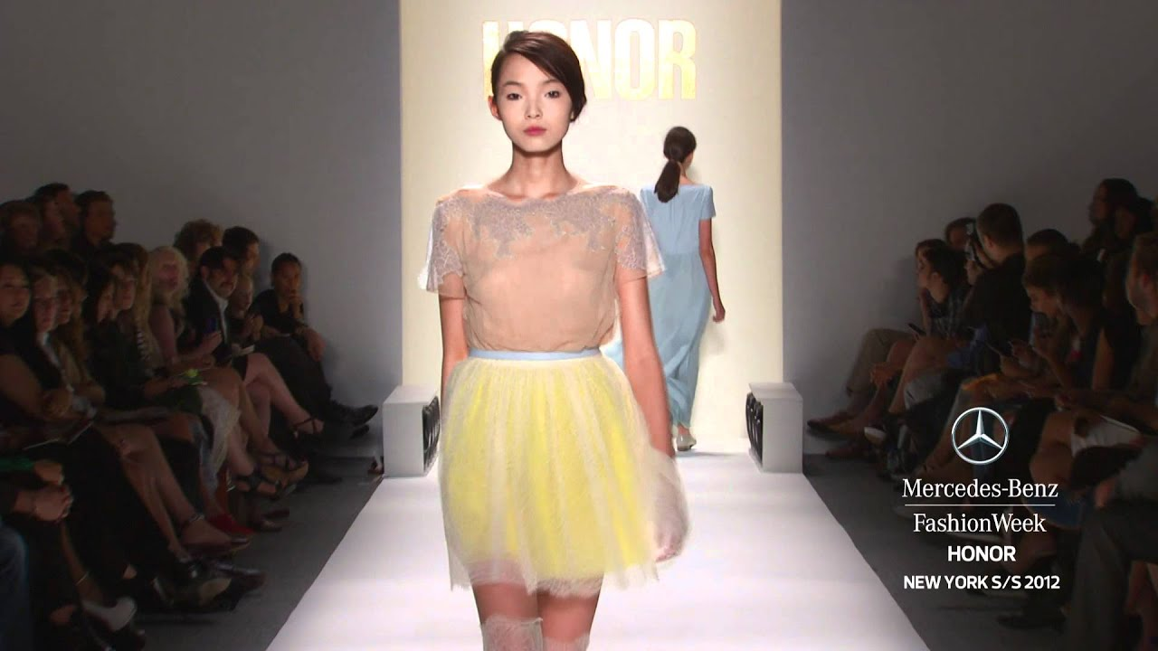6547f8104b56 HONOR - MERCEDES-BENZ FASHION WEEK SPRING 2012 COLLECTIONS - YouTube