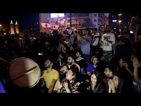قتيل بعد تجدد احتجاجات غاضبة وقطع طرق رئيسية في لبنان  - نشر قبل 3 ساعة