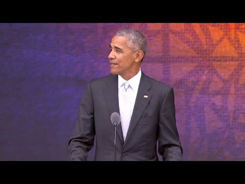 President Obama helps open new African American museum