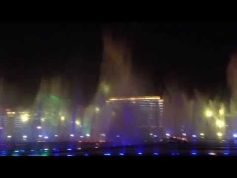 The largest music fountain in Asia