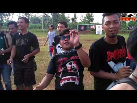 Perayaan Anniversary fals mania HTBM KUNINGAN (part 3)  - Iwan fals DESA