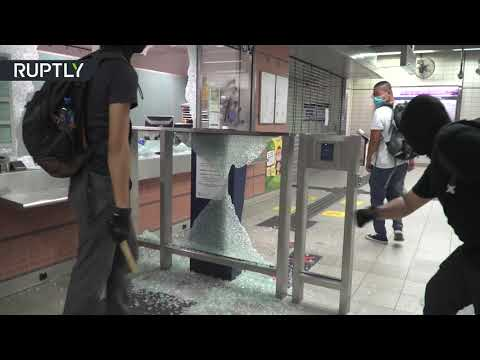 [Hong Kong] Protesters target mall & Chinese shops during anti-facemask-ban rallies