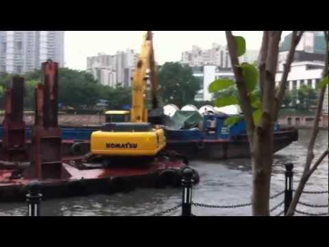 Suzhou Creek River cleaning 1