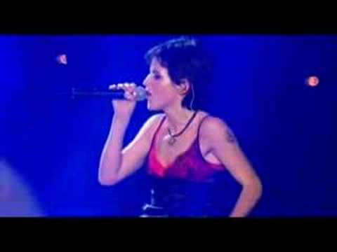 The Cranberries - Dreams (Live in Paris - 1999)