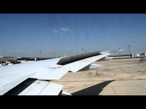 Air France 792 [ORY-PTP] - Boeing 777-300ER - Pushback, Taxi & Take off