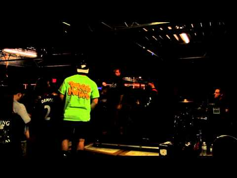 Downpresser live VA Beach virginia Rodgers bar and pub #4