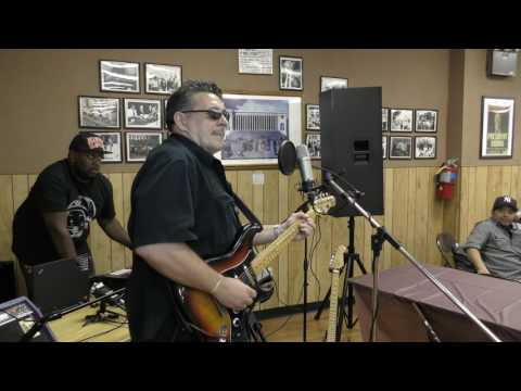 PAUL MARKS PLAYING THE BLUES AT THE BRANCH 41 BEER BUST 06/17/2017