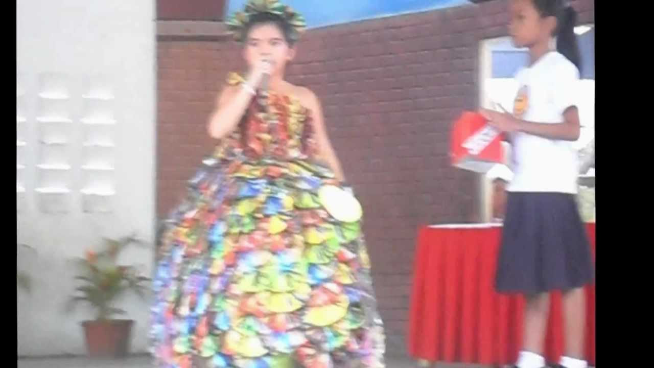 Recycled dress competition 2011 youtube for West materials things