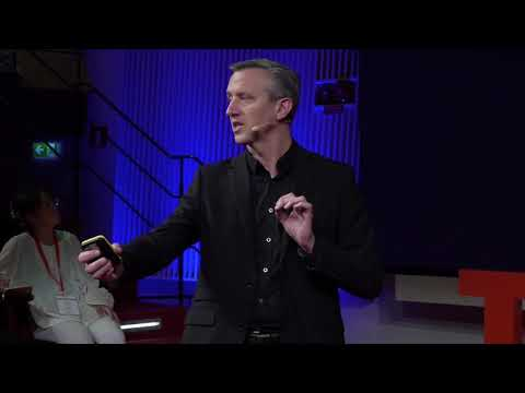 Why bacteria out-evolve us with antibiotic resistance | Linus Sandegren | TEDxUppsalaUniversity