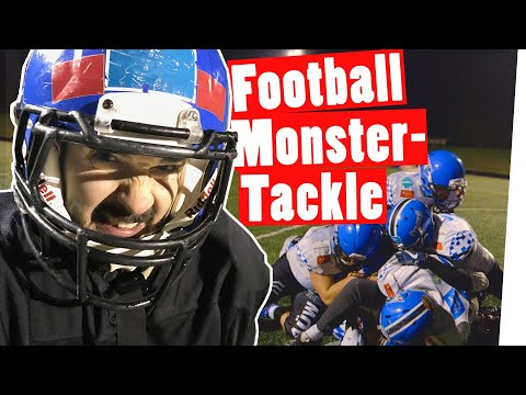 "Bestrafung: Monster-Tackle durch Football-Bundesliga-Team || ""Das schaffst du nie!"""