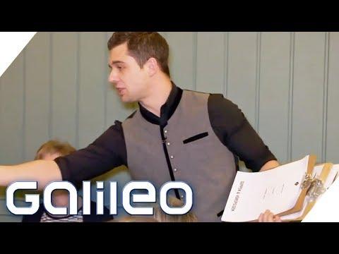 Wie bekommt man mehr Geld? Die größten Trinkgeld-Tricks | Galileo | ProSieben