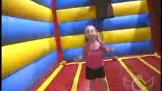 "Fun Songs for Kids - David Chicken ""Bounce"""
