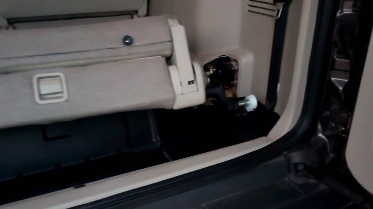 Maxresdefault on 2000 Mitsubishi Montero Sport