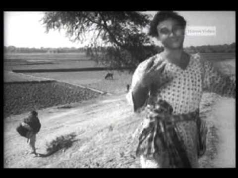 Bhuter Raja Dilo Bor - Goopy Gyne Bagha Byne 1969 - Movie Song