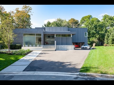 294 Vance Drive, Oakville, ON