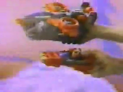 Transformers G1 Ultra Pretenders Commercial 1989